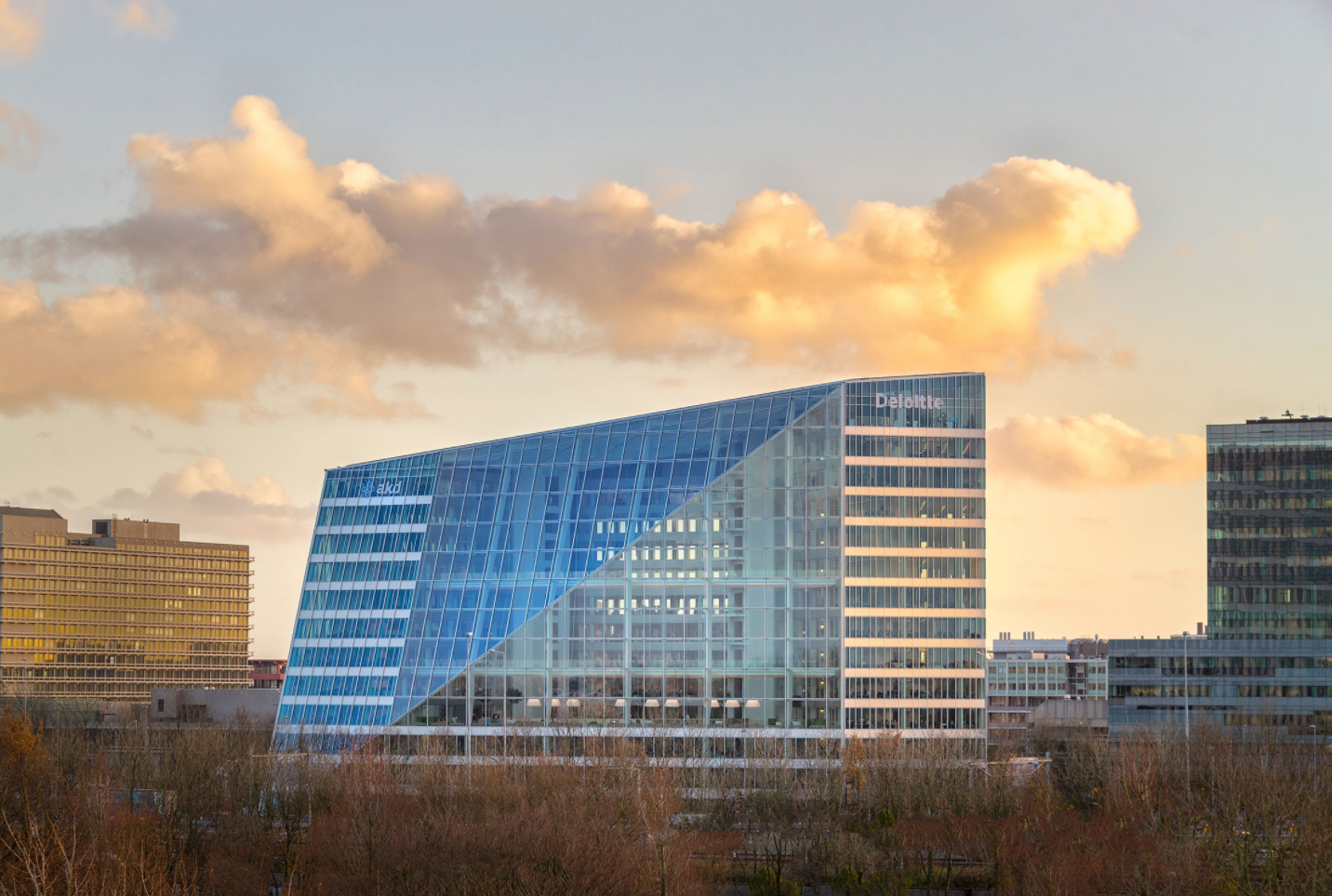 the edge, amsterdam, most energy efficient building, sustainability